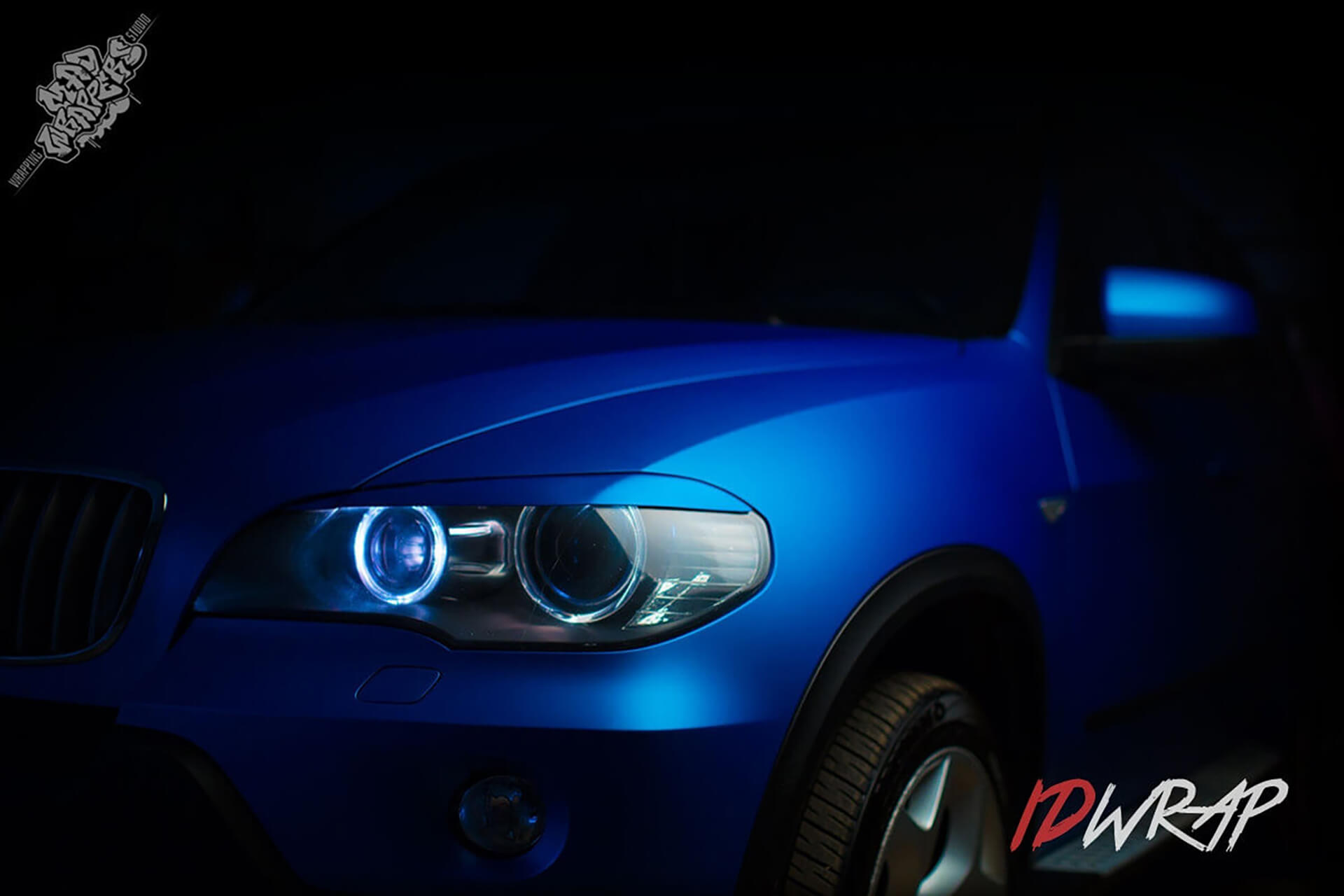 BMW X5 синий матовый